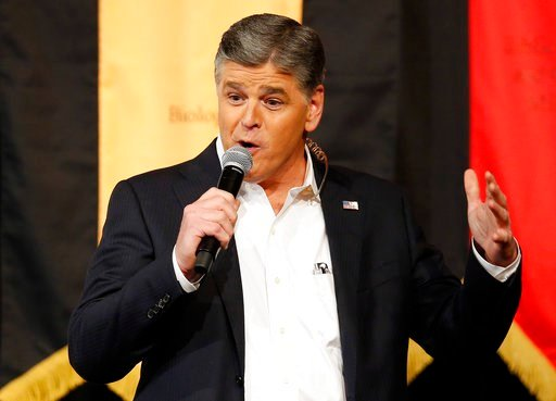 Ex-Fox News guest: Hannity made 'uncomfortable' advances